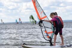 9 1 240x160 - Kursy Windsurfing Chałupy